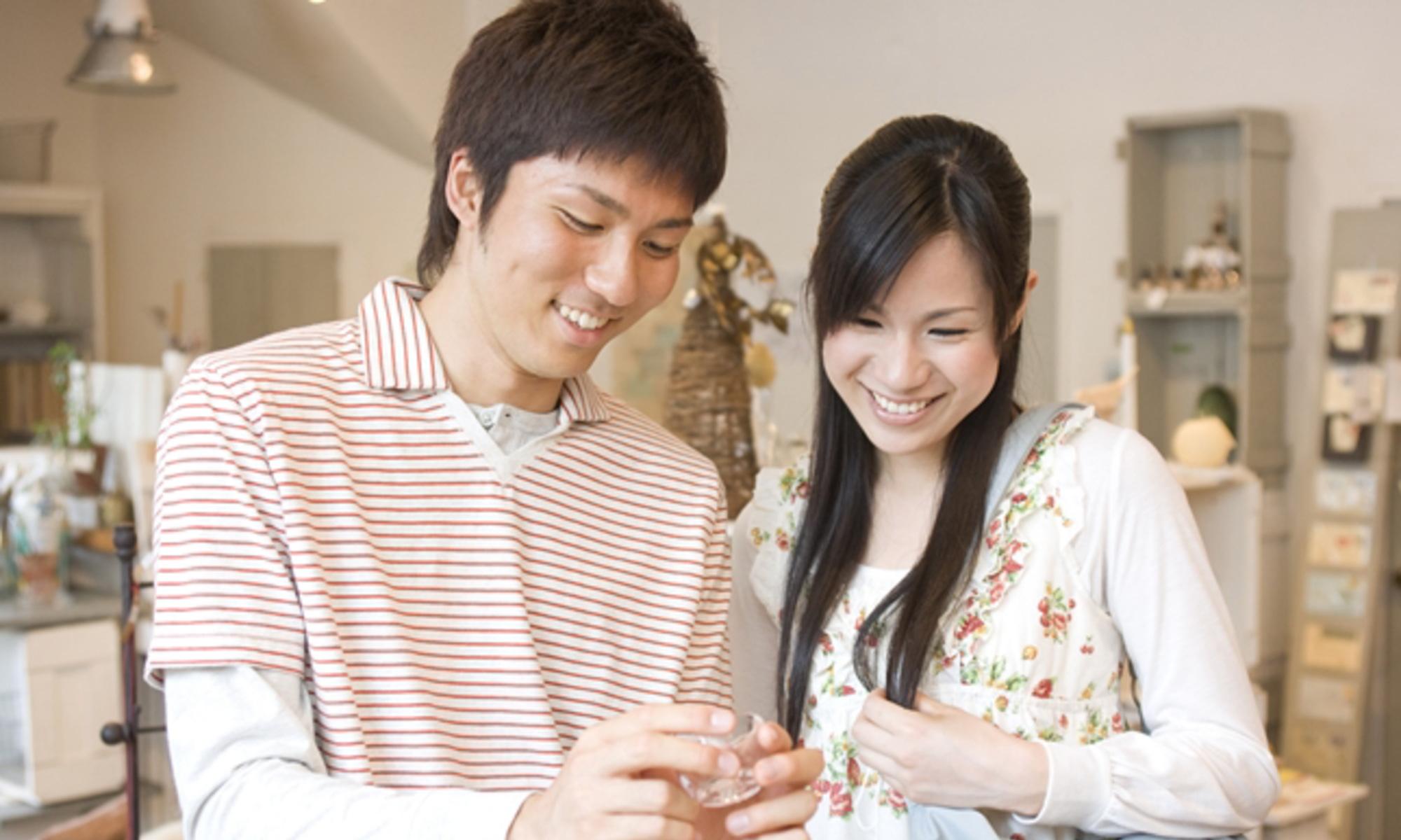 豊島区池袋の結婚相談所お見合いイメージデート中